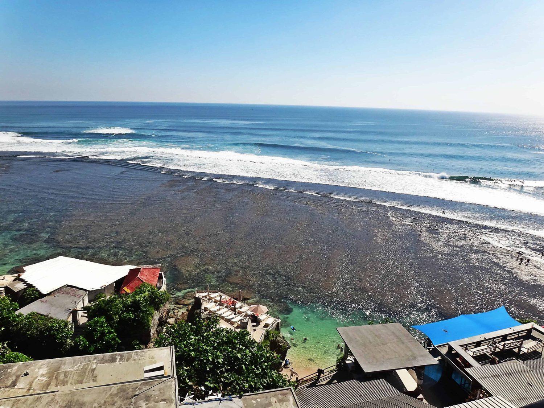 Types of surf breaks - Uluwatu