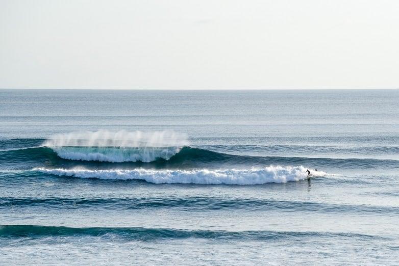 surfing uluwatu bombie