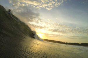 Surf Breaks 101 / The Lowdown on Types of Waves
