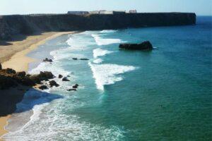 Pure Flow Motions Surf & Yoga Retreat / Portugal