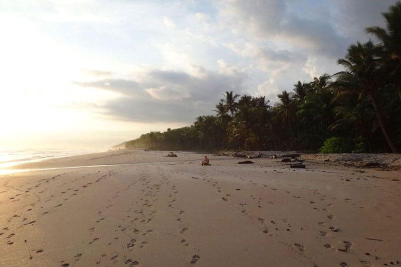 surfing costa rica playa santa teresa