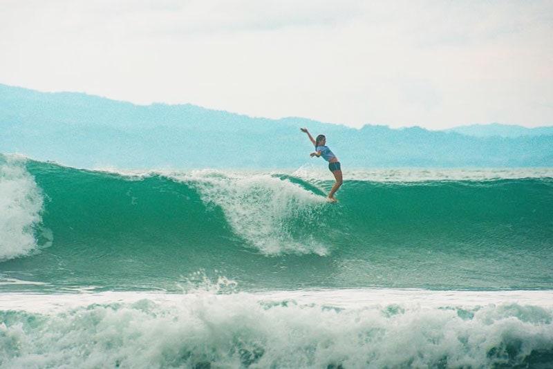 surfing Costa Rica Pavones