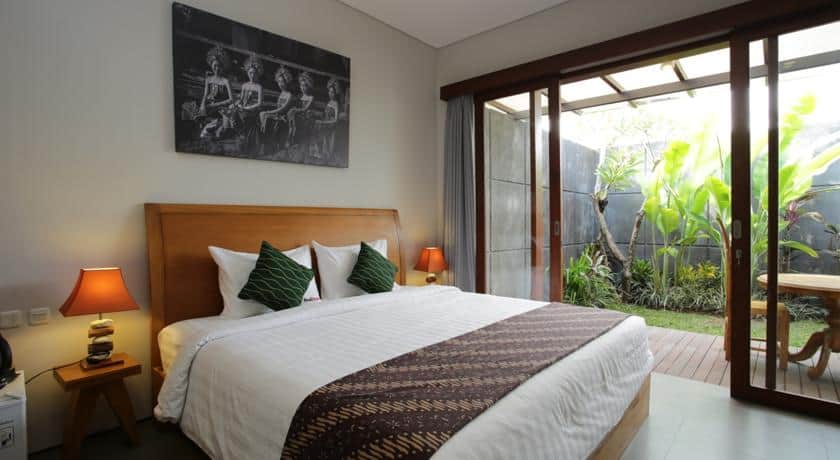 Guide to Surfing Bali | Red Doorz Guesthouse Canggu