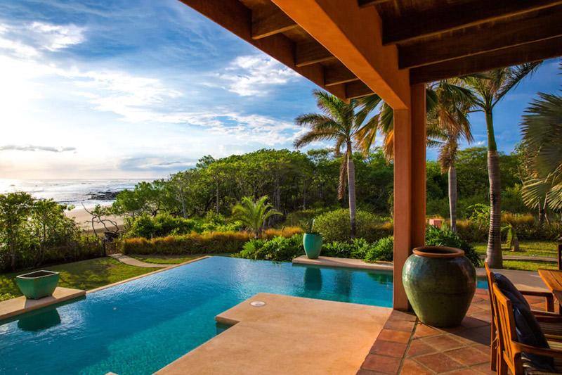 costa rica surf villa playa negra