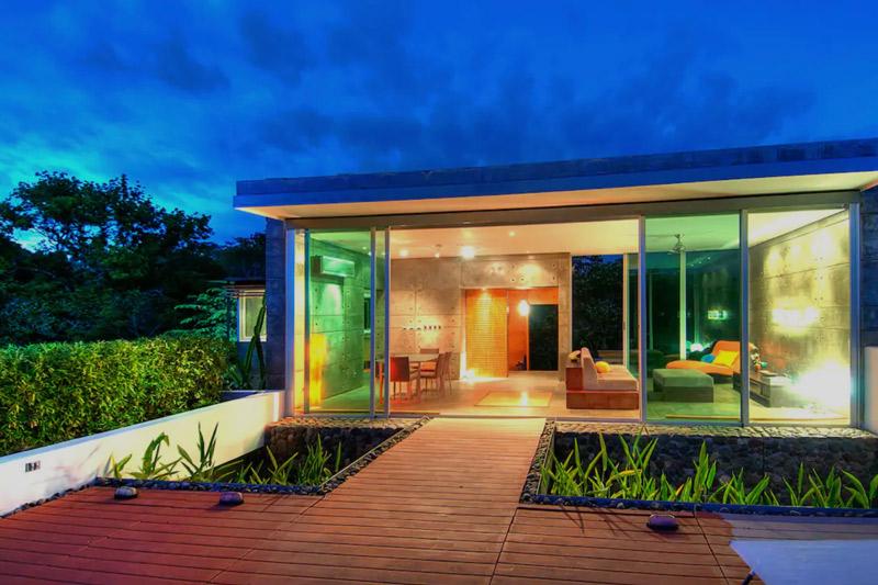 airbnb rental near esterillos surf break