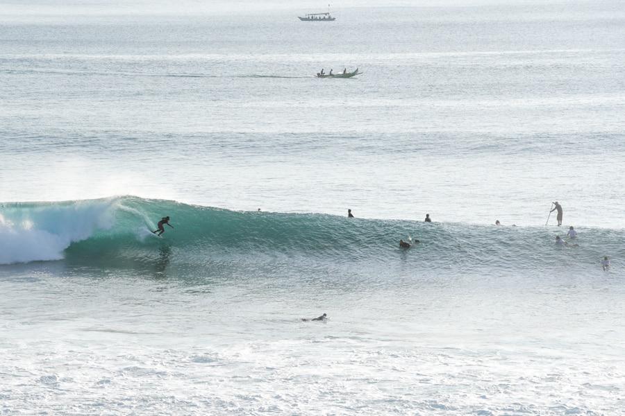 bali surf spots uluwatu