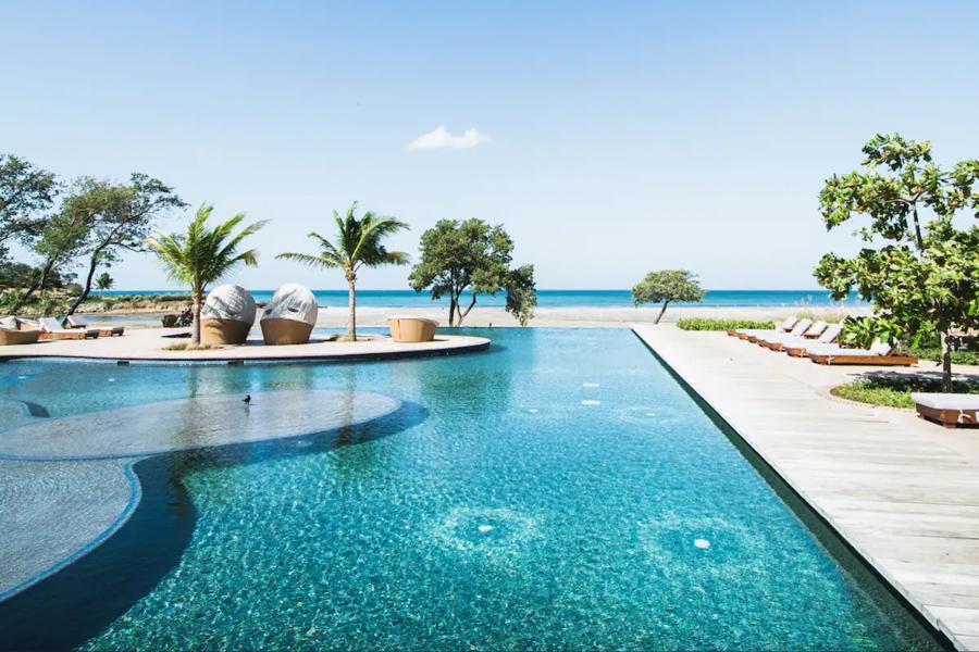 The pool and beach at Nicaragua beachfront luxury surf hotel Rancho Santana