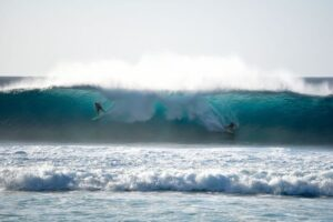 Banzai Pipeline / The Ultimate Guide to the World's Most Famous Wave