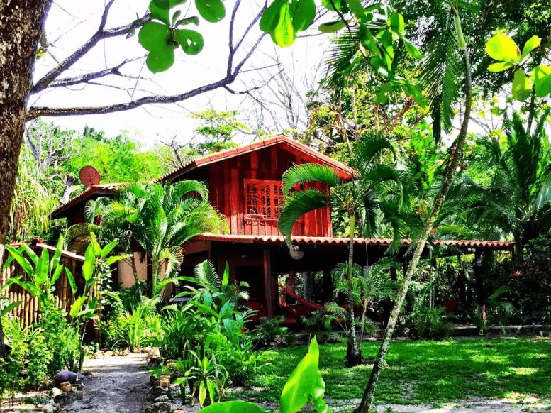 Mal Pais surf trip / Costa Rica Rentals