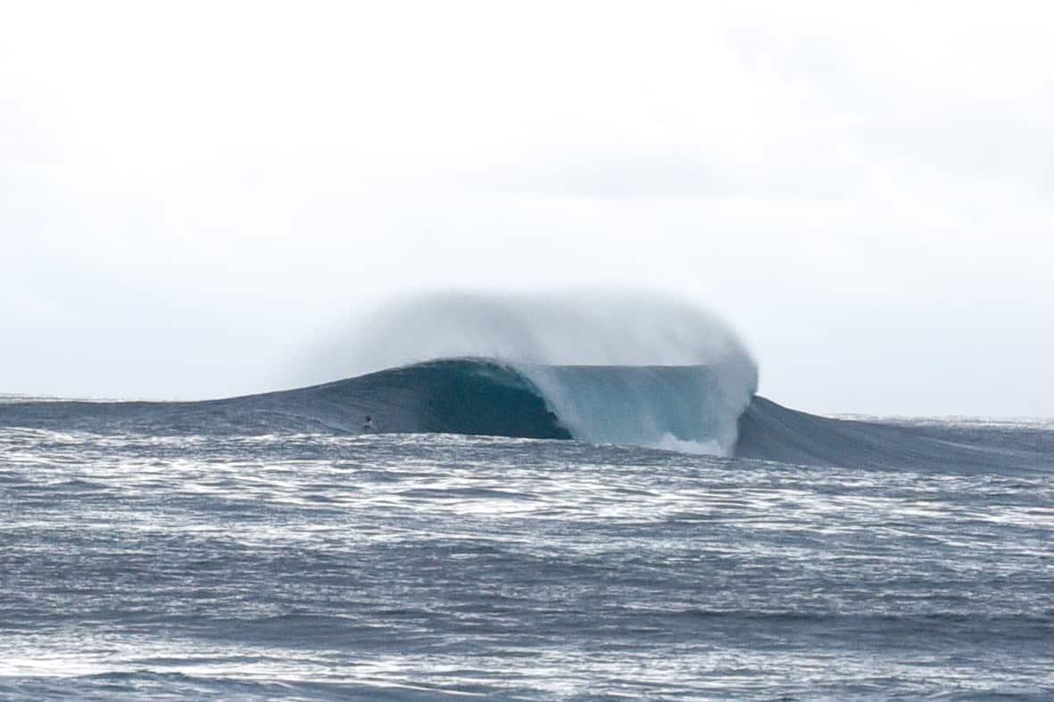 samoa surfing
