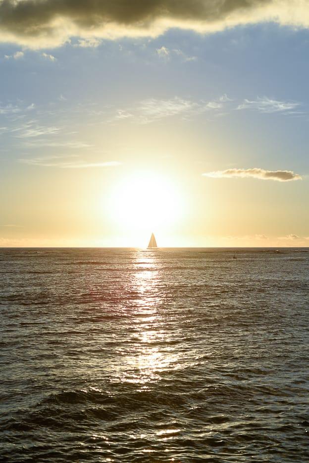 Waikiki Sunset / Honolulu Hawaii