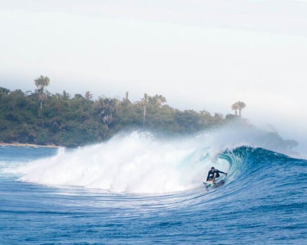 The Ultimate Surf Trip Packing List