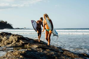 Surf Camps for Adults / 9 Best Surf Camps Around the World