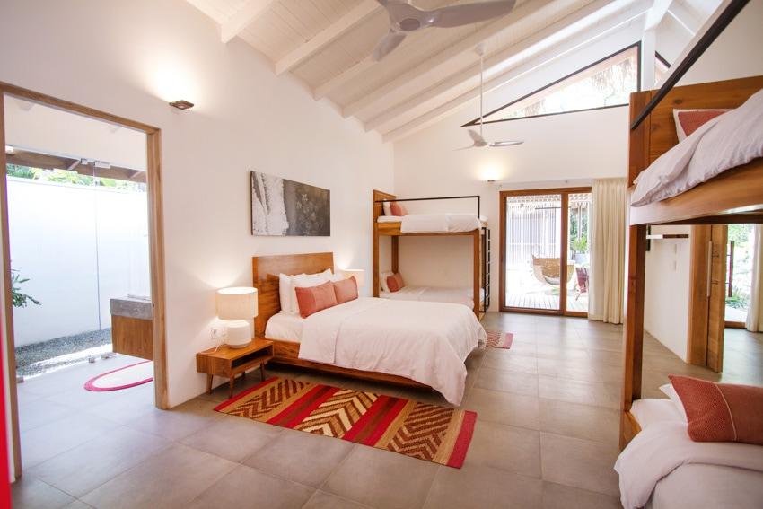gilded iguana surf hotel