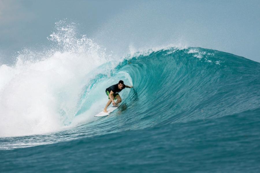 awera surf resort surfing mentawai
