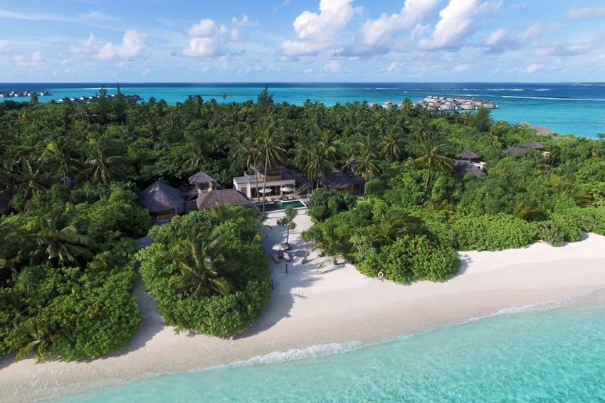 maldives surf resorts luxury six senses