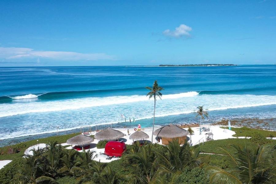 maldives surf resorts niyama