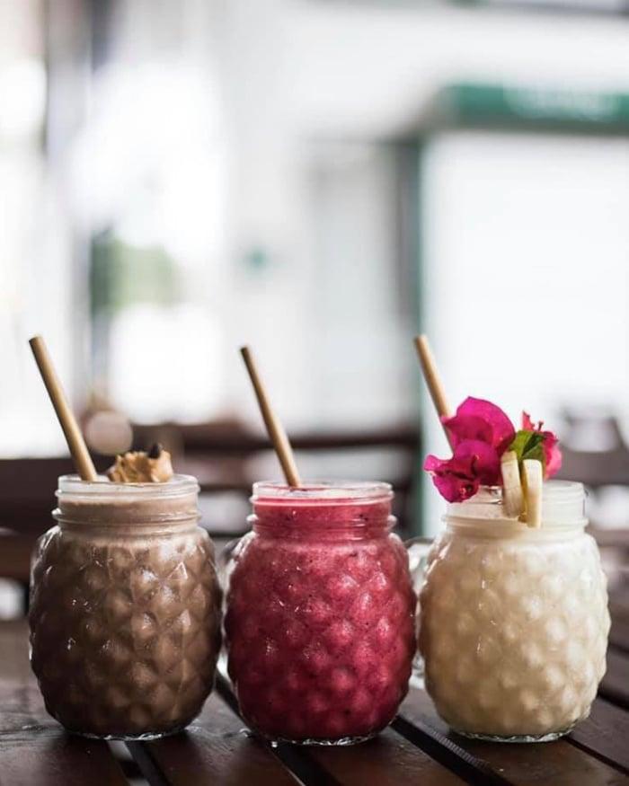 tahiti island restaurants poke bar