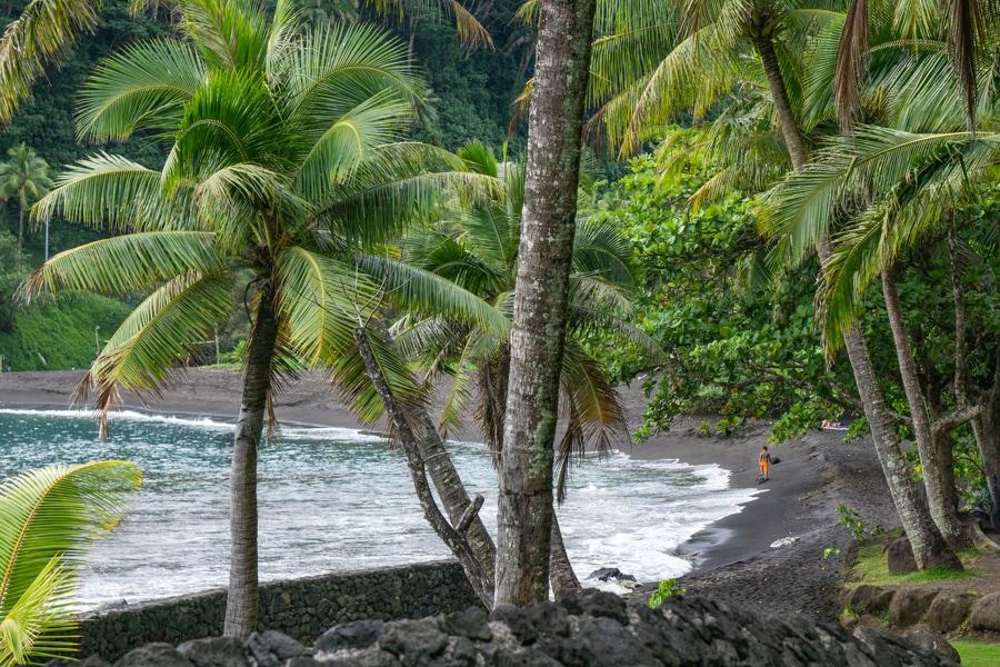 tahiti surf black sand beach