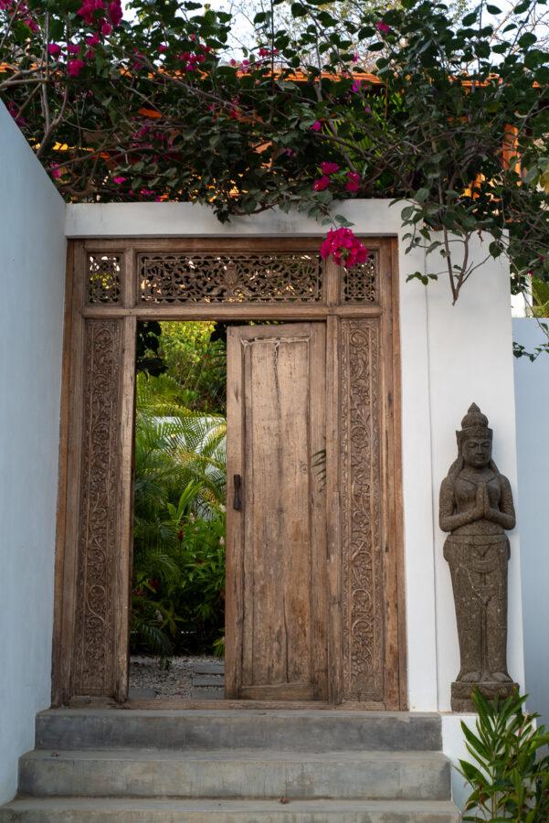 surf hotel santa teresa entrance