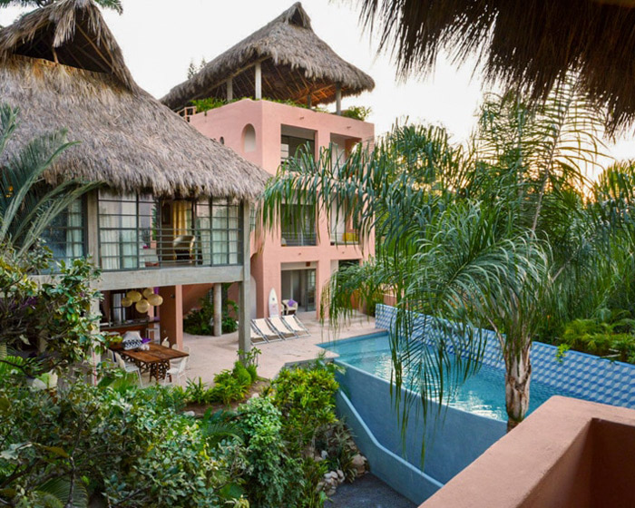 casa saturno surf villa