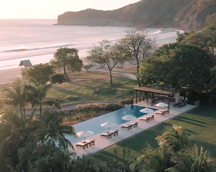 casa madera luxury surf villa