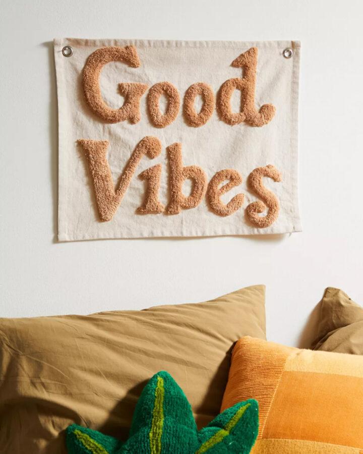 Good vibes wall hanging surf art