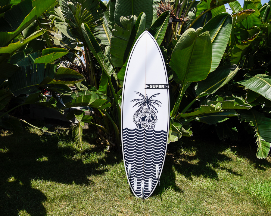 Shortboard surfboard with design by Superbrand