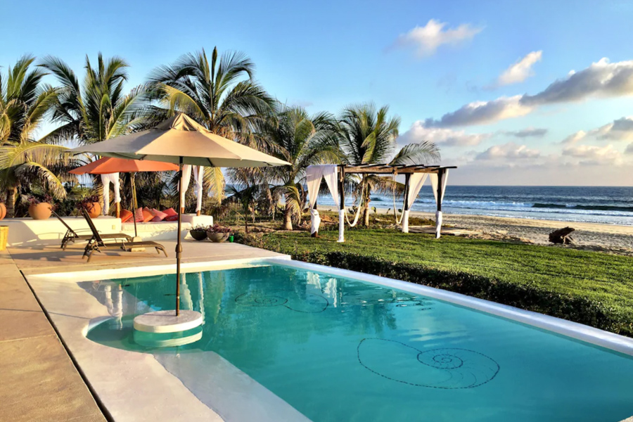 Where to stay in Puerto Escondido for surfing - Luxury Beachfront villa