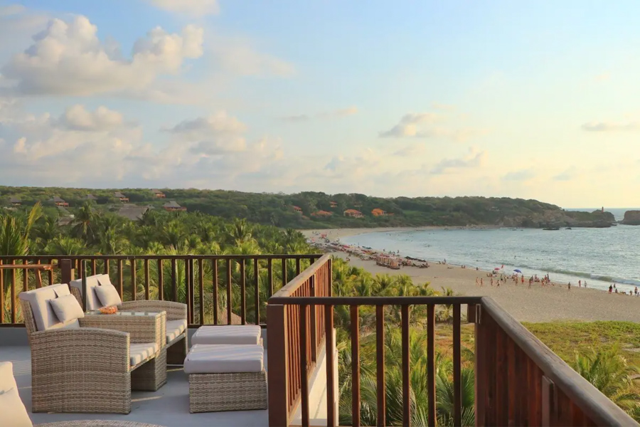 Where to stay in Puerto Escondido for surfing - Punta Zicatela