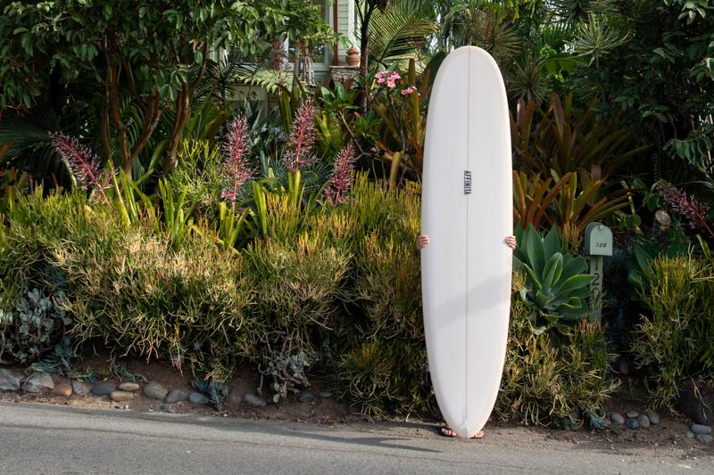 Mid-length surfboard