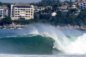 Puerto Escondido Surf & Travel Guide / Where to Surf, Stay, & Play